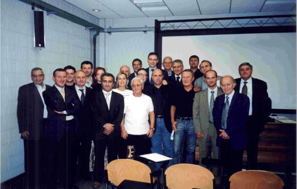 x-MILANO-2002-09-27-foto di gruppo_sel